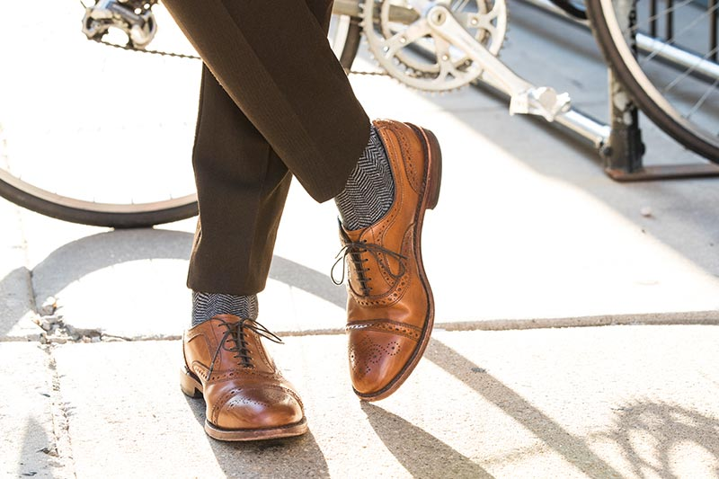 are boat shoes business casual photo - 1