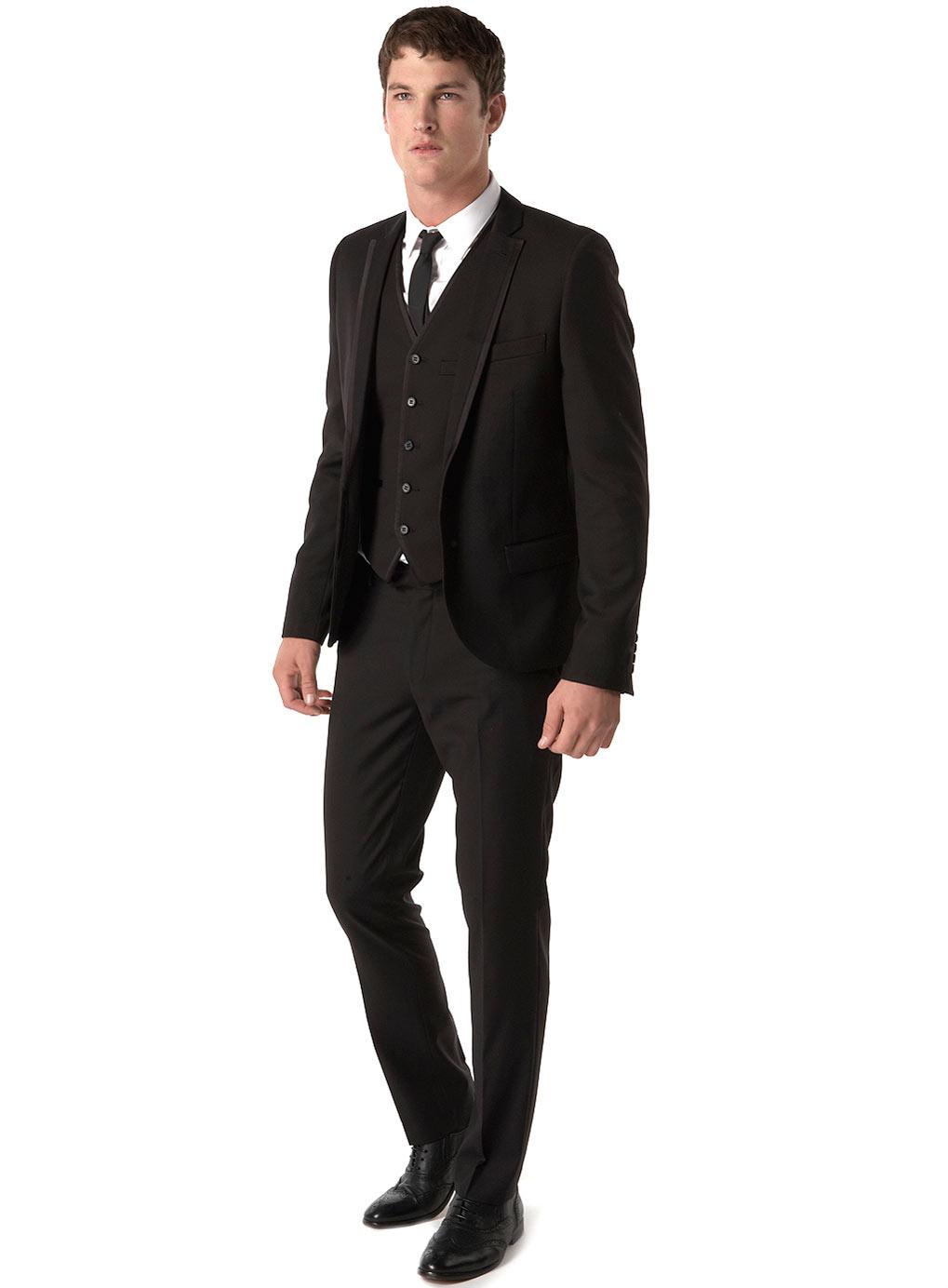 black suit white shirt black tie photo - 1