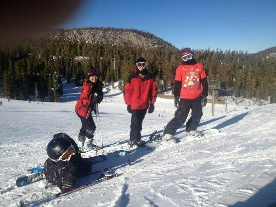 black tie ski rental mammoth photo - 1
