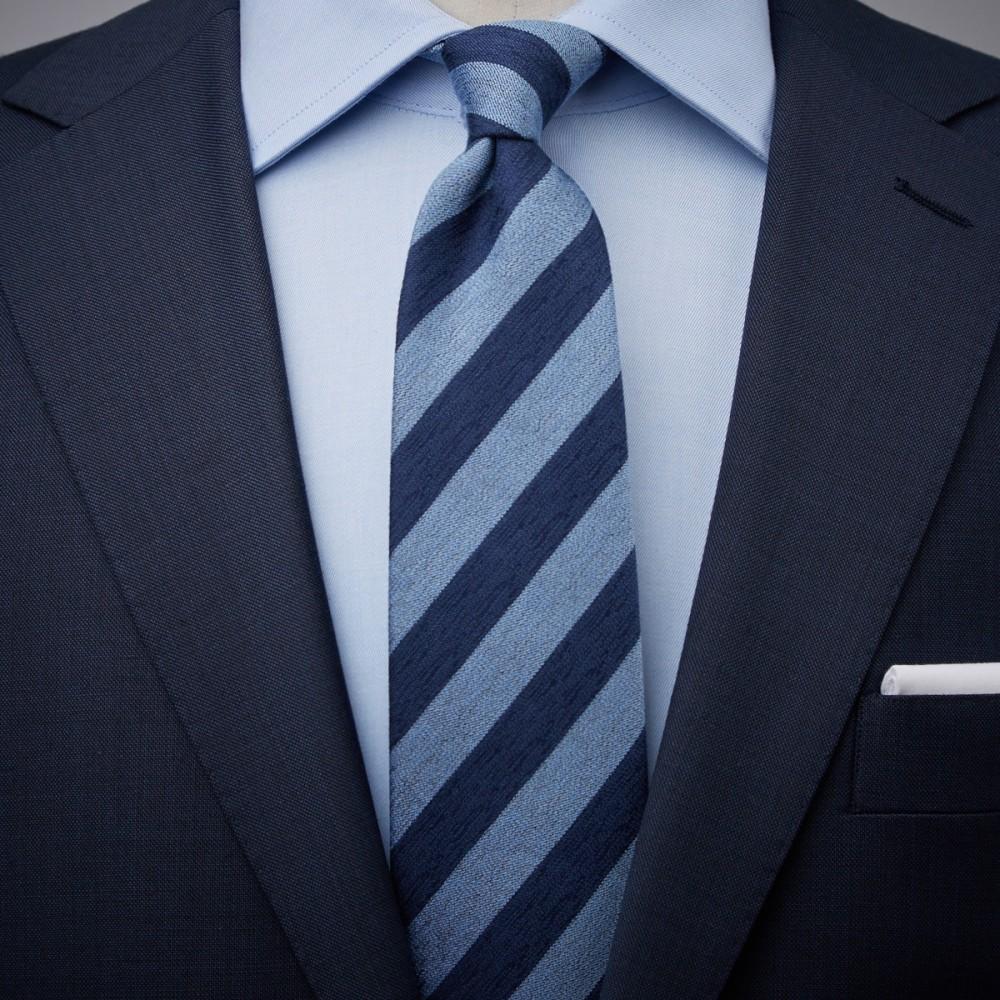 blue striped tie photo - 1