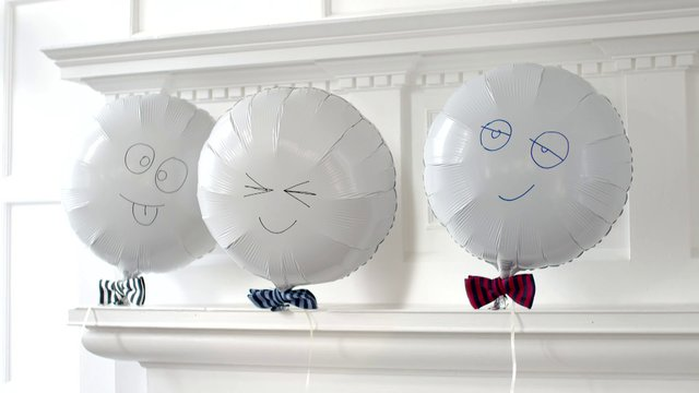 bow tie balloons photo - 1