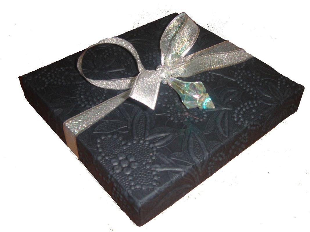 bow tie boxes photo - 1