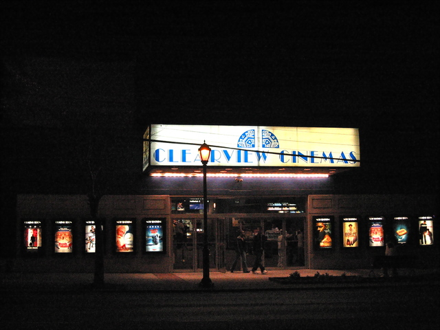 bow tie cinema franklin square photo - 1