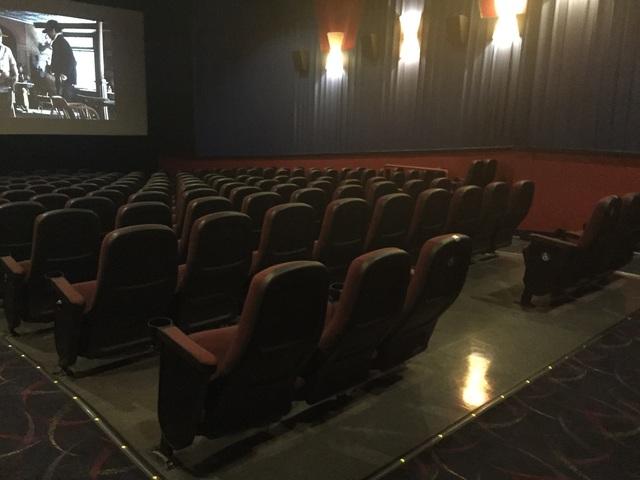bow tie cinemas harbour 9 annapolis md photo - 1