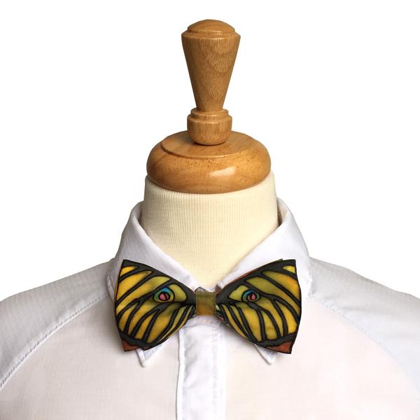 bow tie in spanish photo - 1