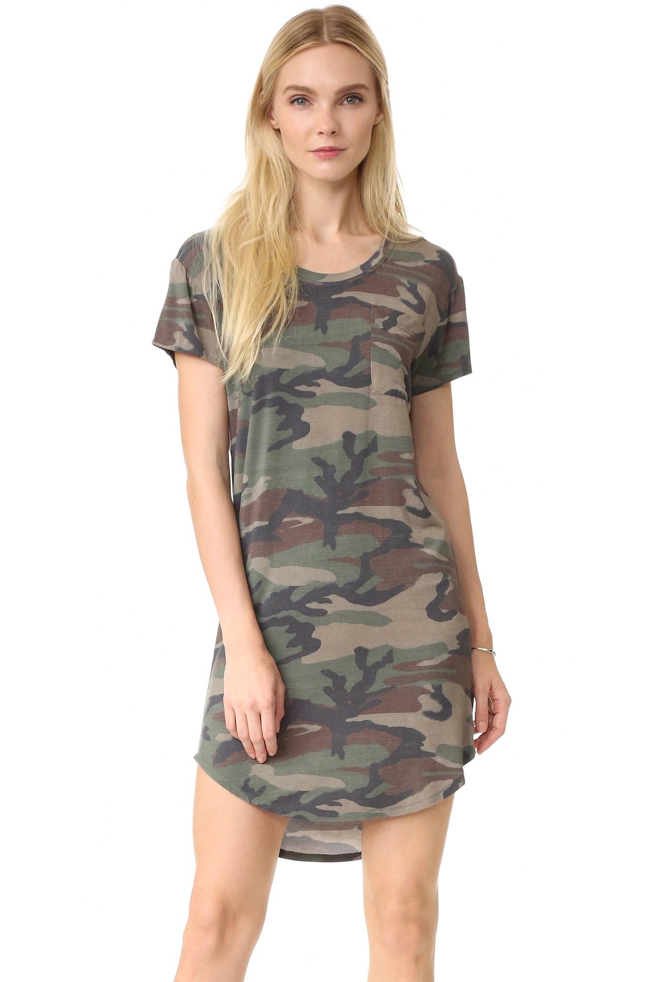 camouflage tie photo - 1