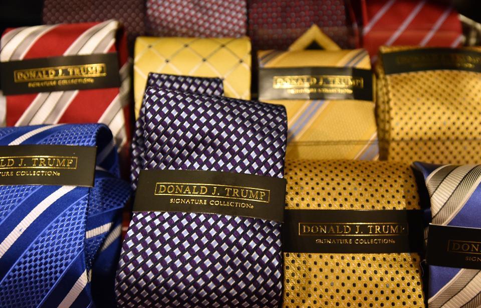 donald trump signature collection tie photo - 1