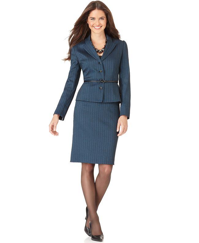 dress suit for women photo - 1