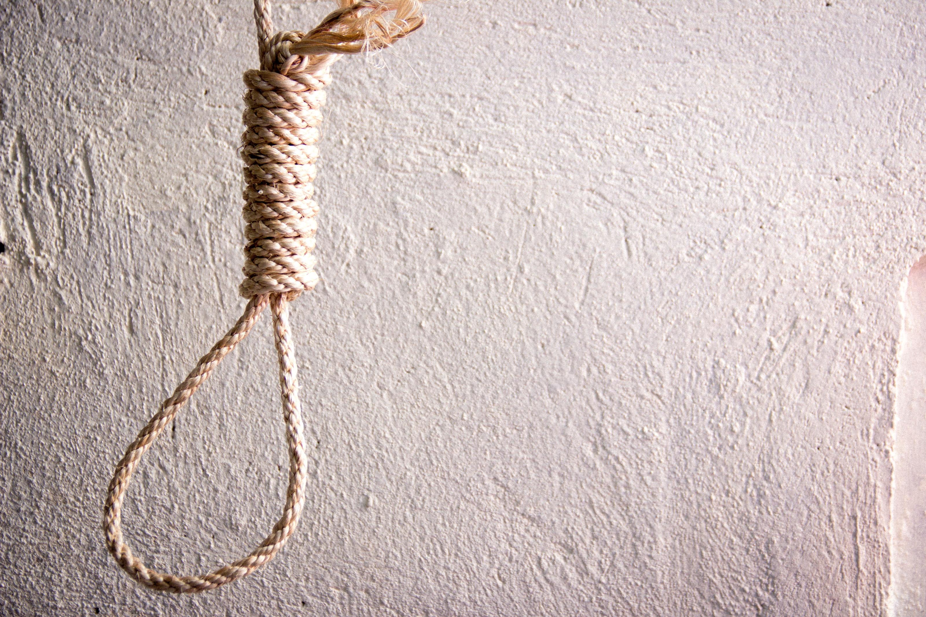 how tie a noose photo - 1