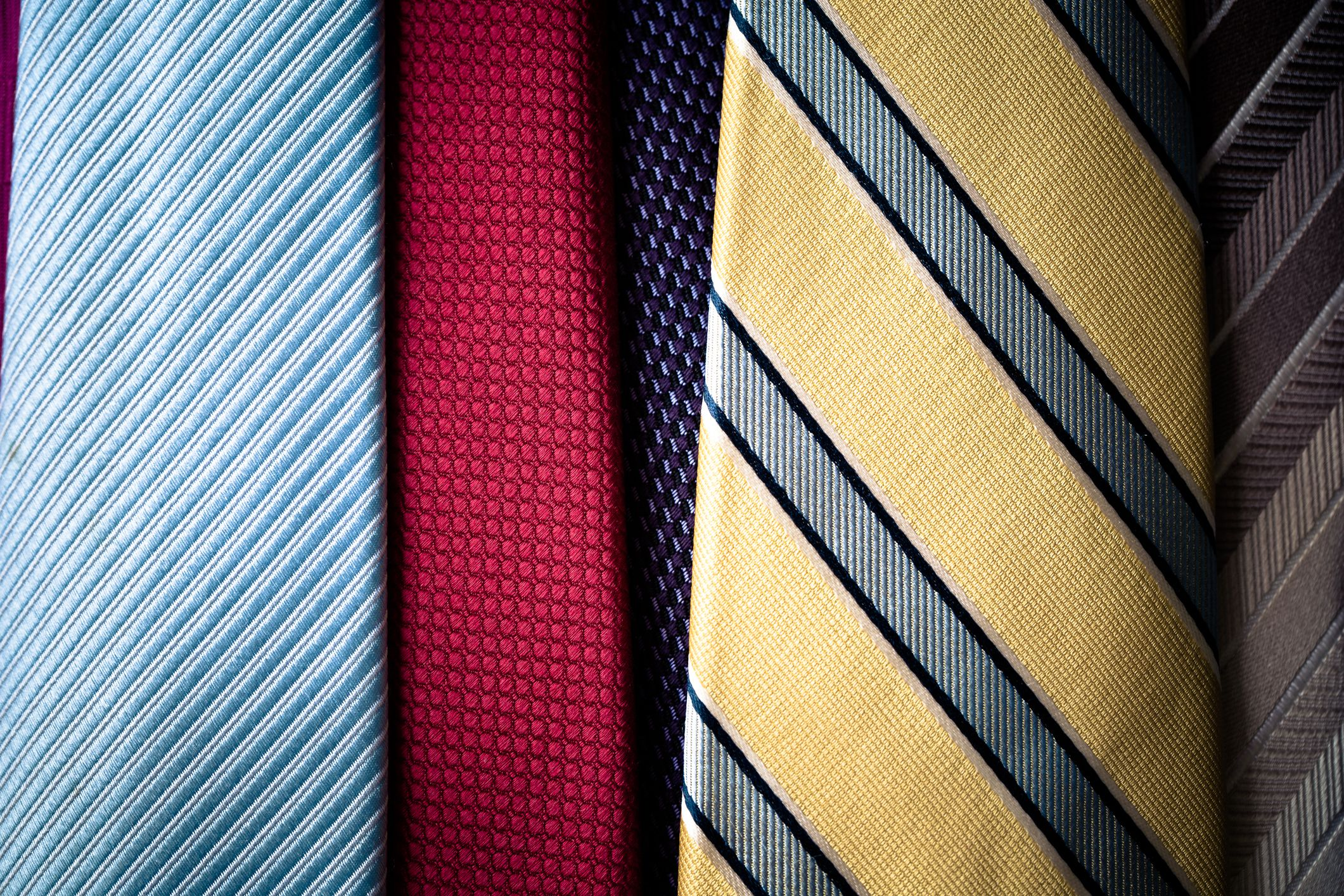 how to wash a silk tie photo - 1