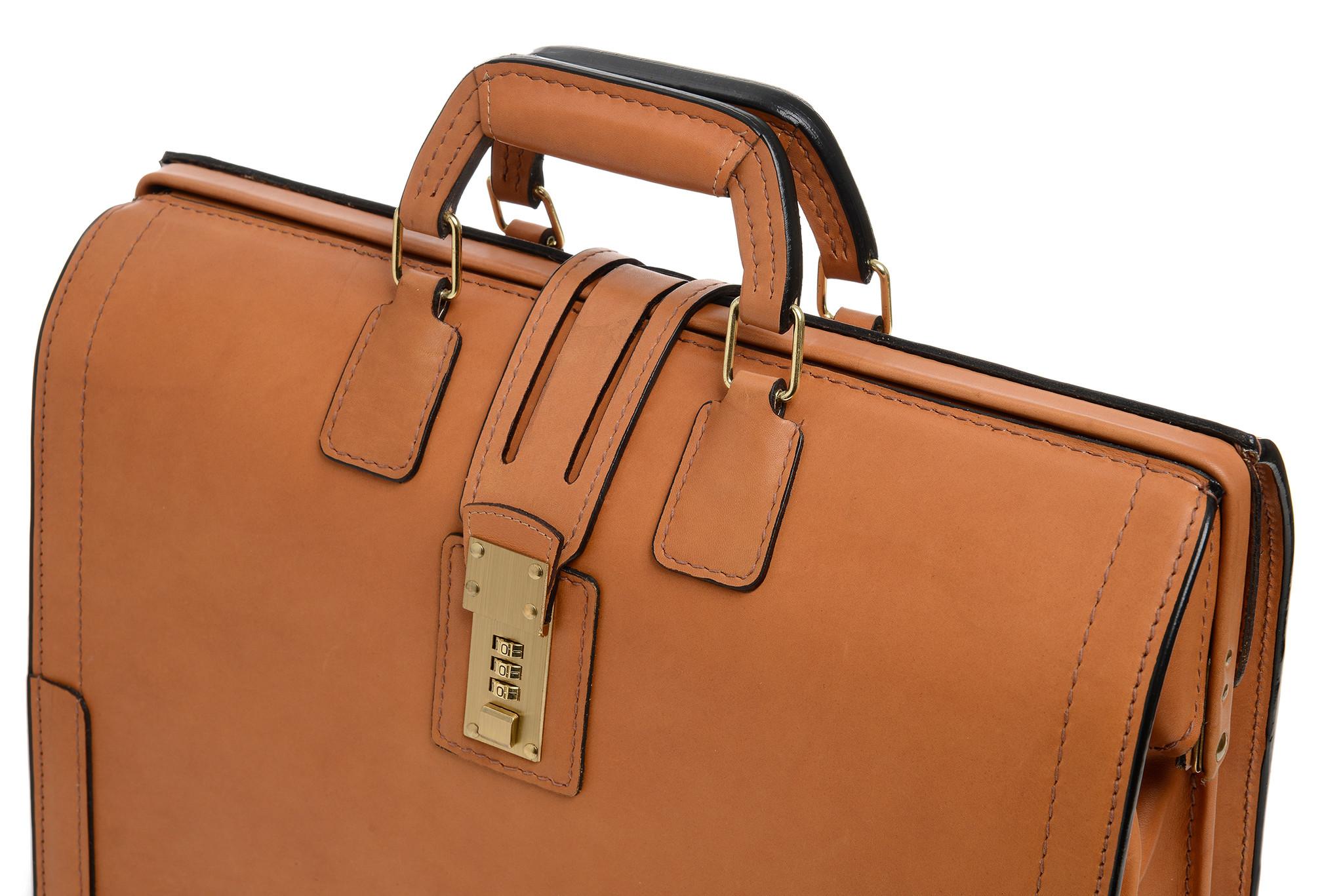 korchmar briefcase photo - 1
