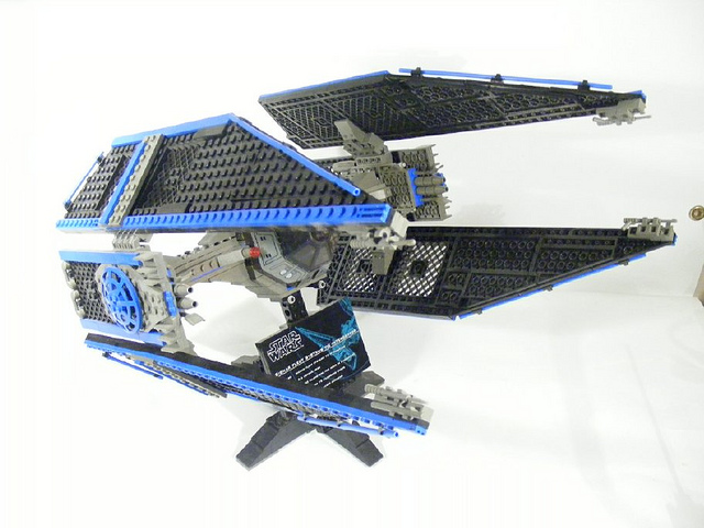 lego tie interceptor photo - 1