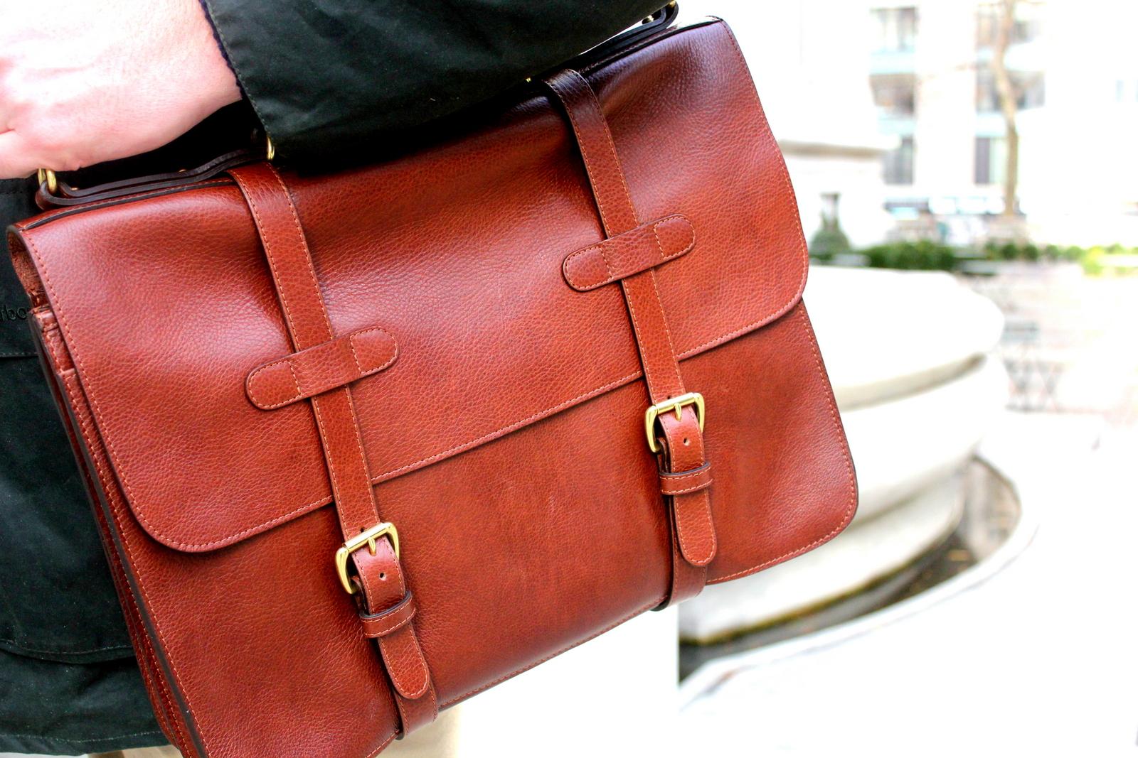 lotuff briefcase photo - 1
