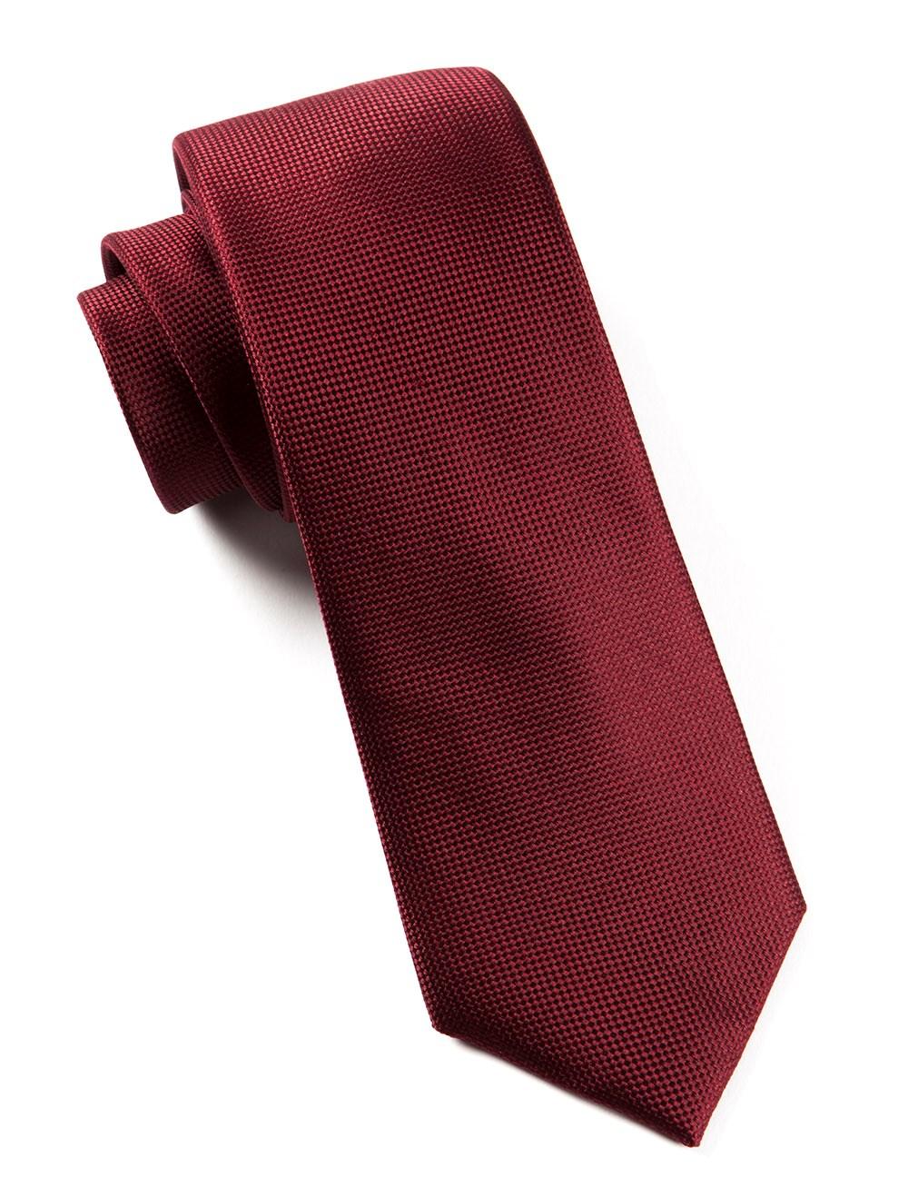 maroon tie photo - 1