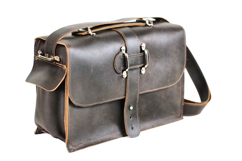 mens leather satchel briefcase photo - 1