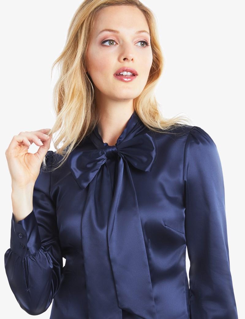 navy blue bow tie photo - 1