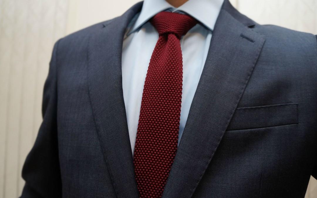 navy suit tie photo - 1