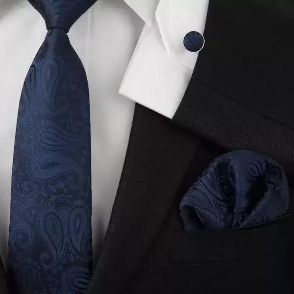 navy suit tie color photo - 1