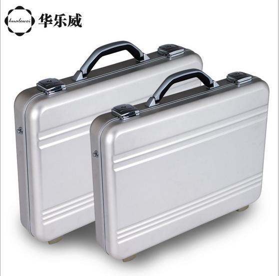 nylon briefcase photo - 1