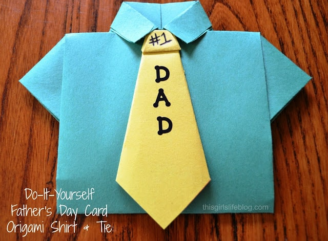 origami shirt and tie photo - 1