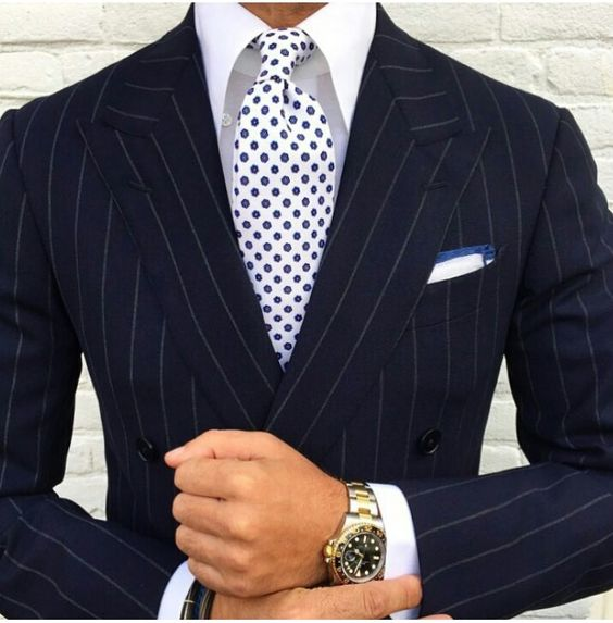 patterned shirt with tie photo - 1