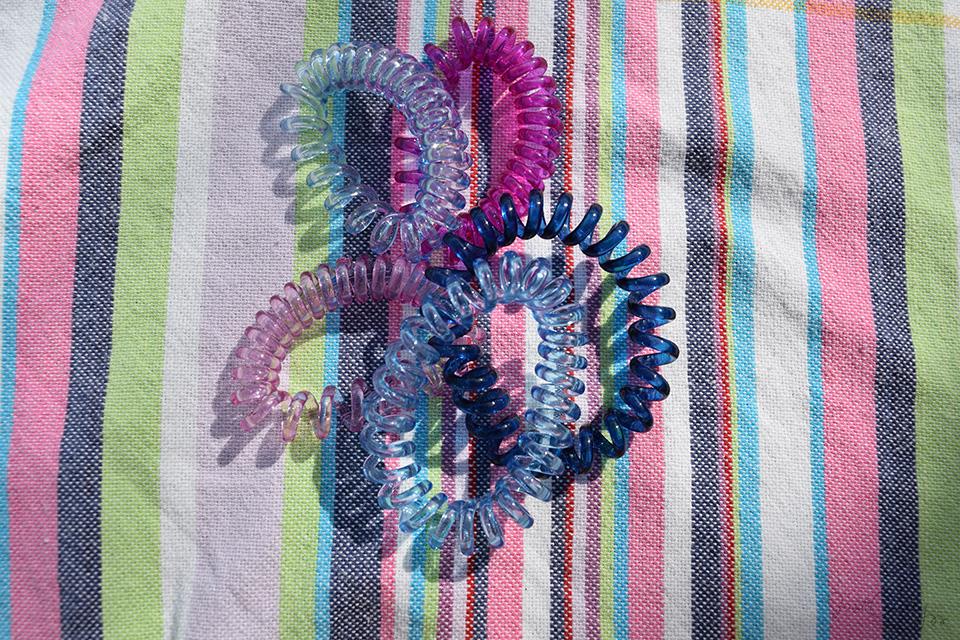 phone cord hair tie photo - 1