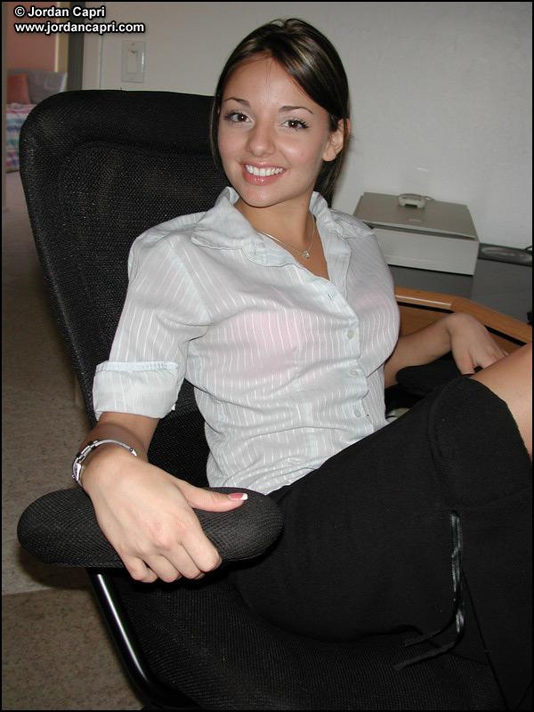 purple shirt office xvideos photo - 1