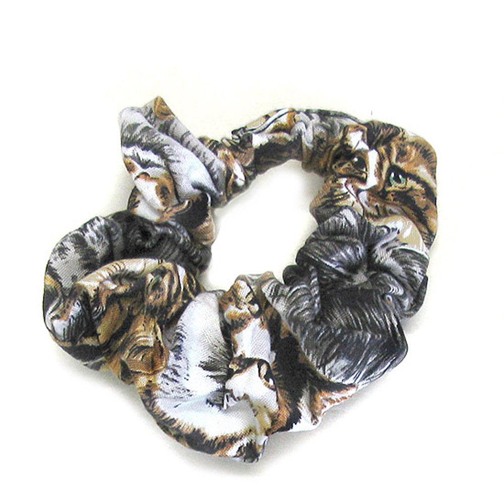 scrunchie hair tie photo - 1