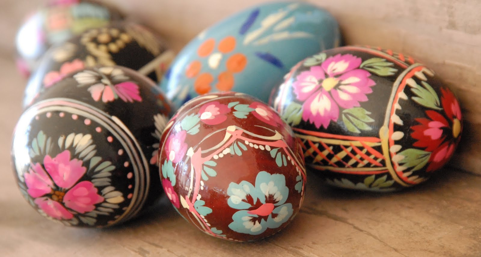 silk tie easter eggs photo - 1