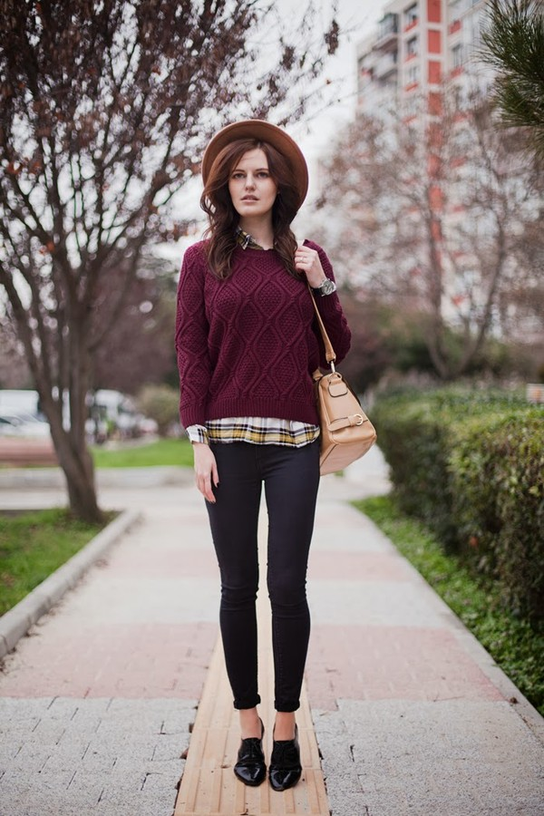 sweater with shirt and tie photo - 1