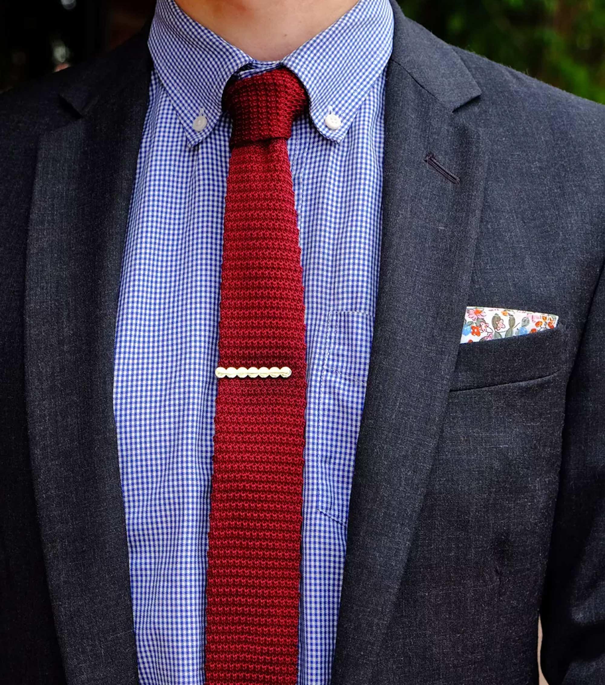 tie bar clip photo - 1