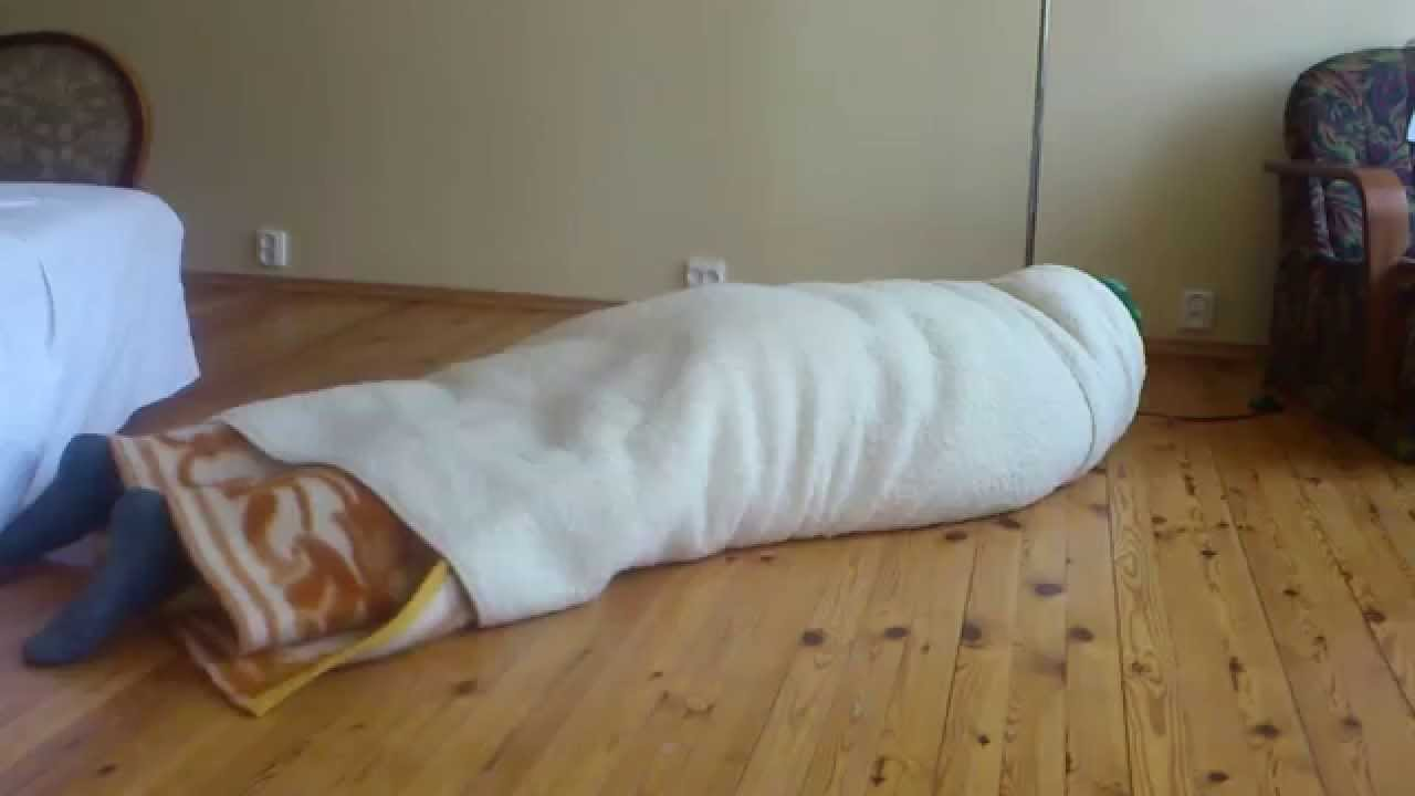 tie blanket photo - 1