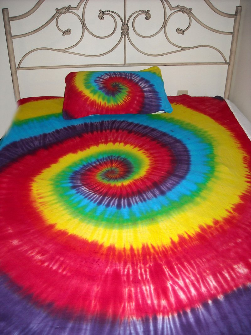 tie dye bed sheets photo - 1
