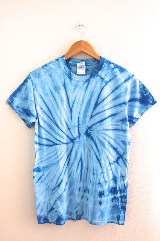 tie dye blue photo - 1