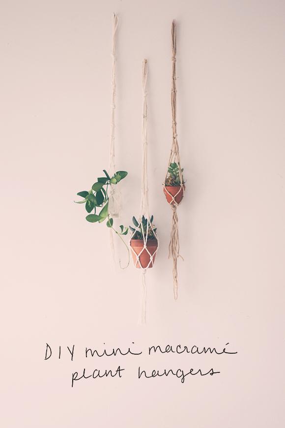 tie hanger photo - 1