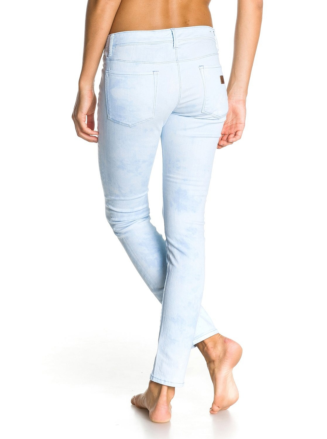 tie with jeans photo - 1