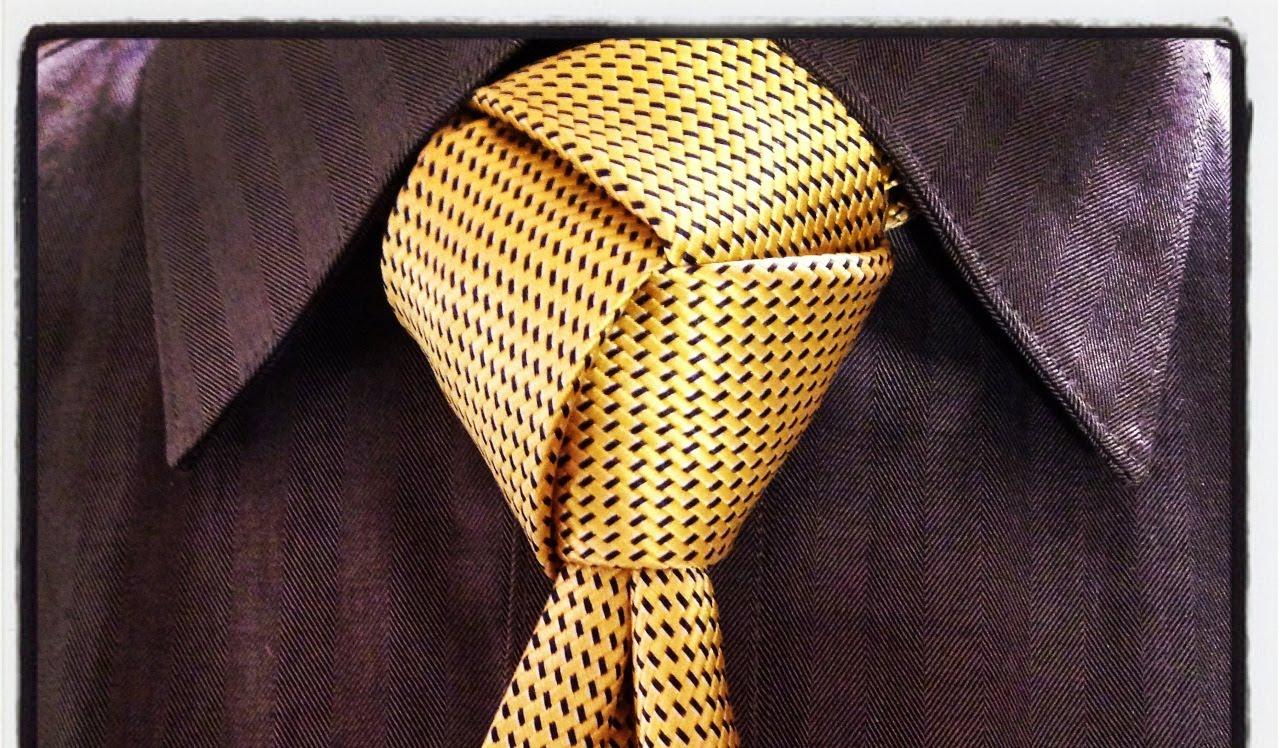 trinity tie knot photo - 1