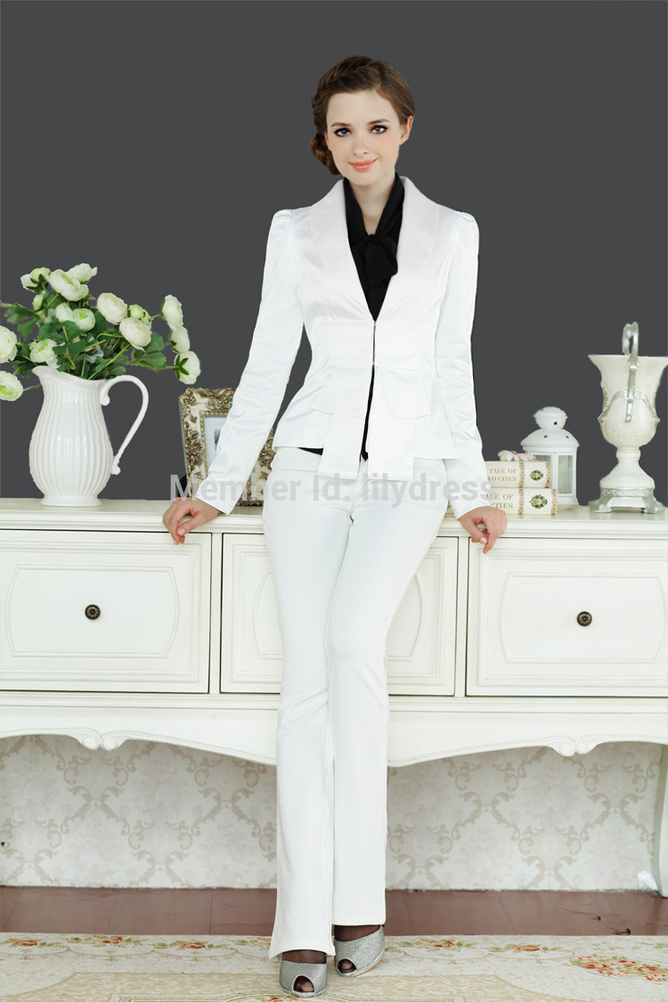 white business suit photo - 1