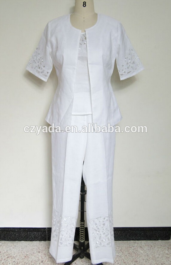 white pants suit for women photo - 1