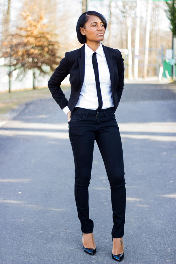 woman in suit and tie photo - 1