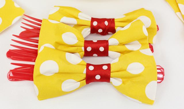 how to make bow tie napkins photo - 1