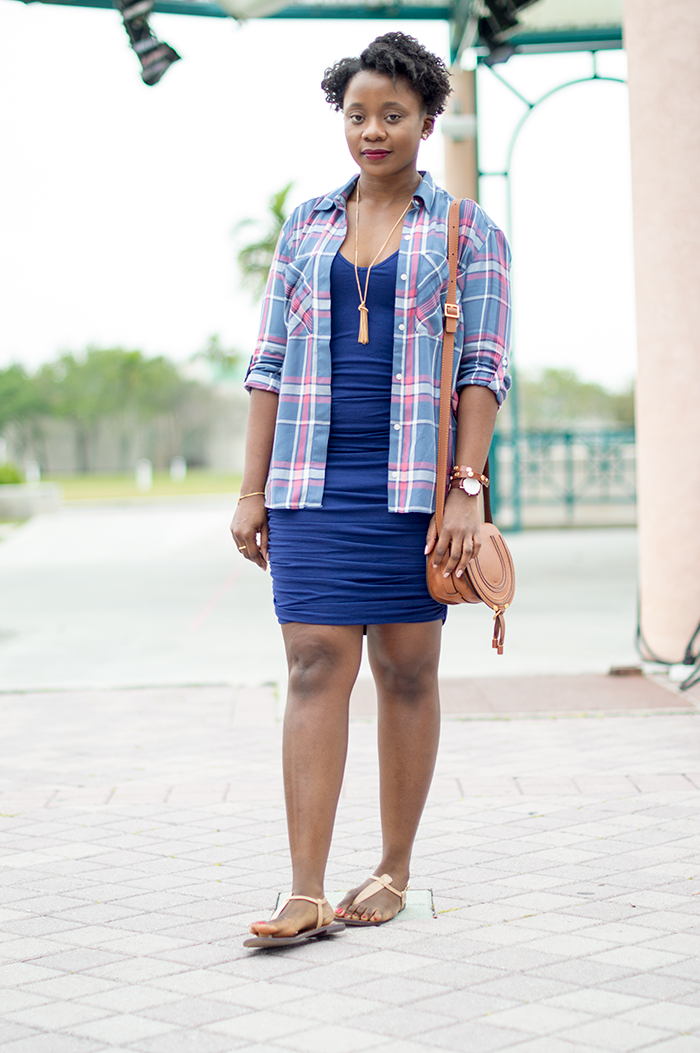 plaid shirt outfit office photo - 1