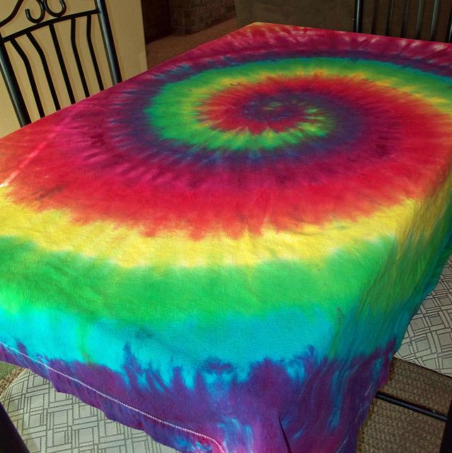 tie dye tablecloth photo - 1